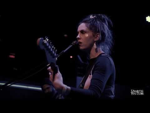 Emma Ruth Rundle live at Fine Line Music Cafe 2017