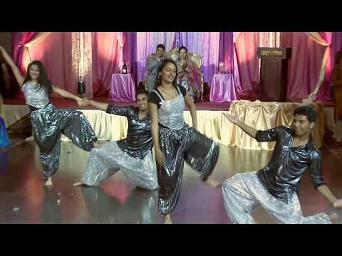 bollywood-dance-at-toronto-indian-wedding-reception-|-gta-wedding-videographer