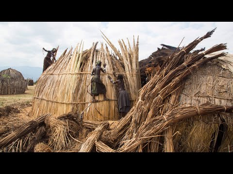 Sustainable Living – Hut of Reeds