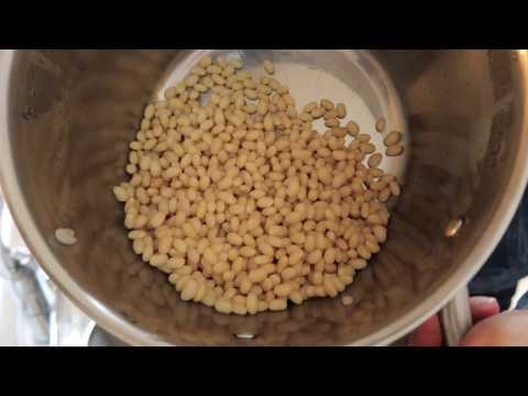 How to Prepare Navy Beans for Cooking