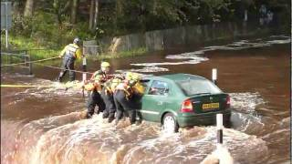Kilmarnock,Ayrshire,Scotland.River Rescue By Emergency Service…