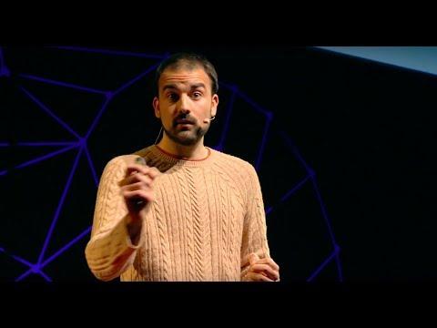 Todo lo que sabes sobre nutrición puede ser mentira. | Aitor Sánchez | TEDxMalagueta