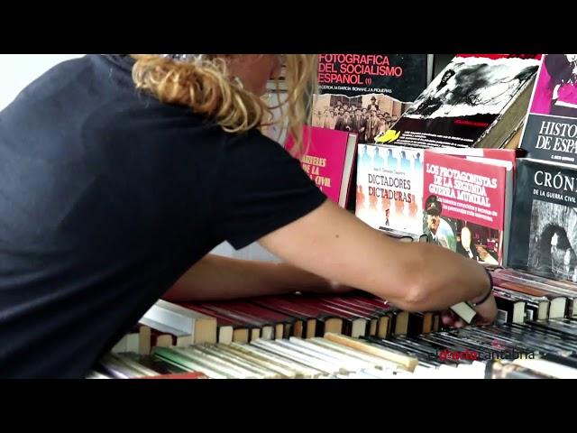 Feria del Libro Viejo de Santander, el paraíso de los coleccionistas