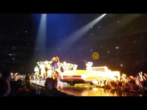 Katy Perry - This Is How We Do (Sydney 2014, All Phones Arena)
