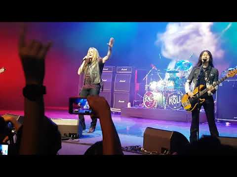 Sebastian Bach live in Singapore - 18 and Life