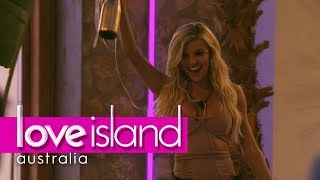 Kim the first bombshell enters | Love Island Australia 2018