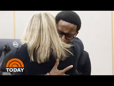 Texas Teen Honored For Embracing Cop Who Killed His Brother, Botham Jean | TODAY