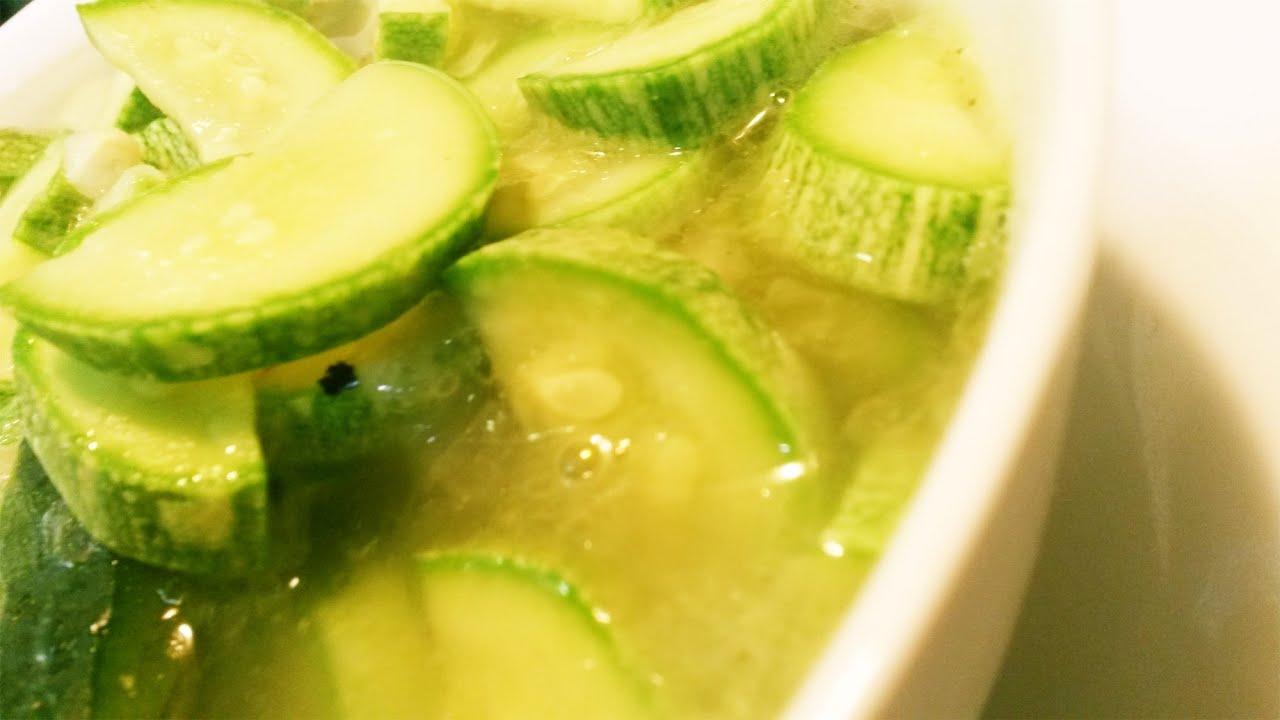 Cocinar sopa de calabacines (Facil y Sencillo) - YouTube