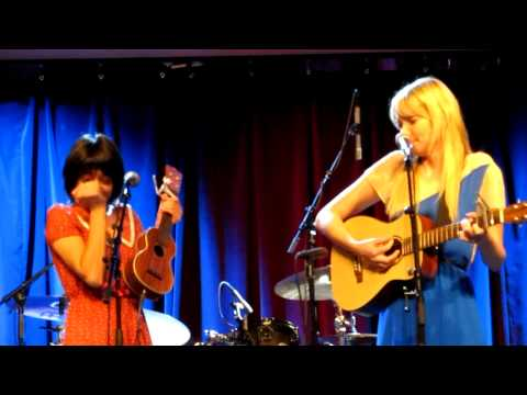 Garfunkel and Oates - The College Try @ Musikfest Café, Bethlehem, PA 10/06/12