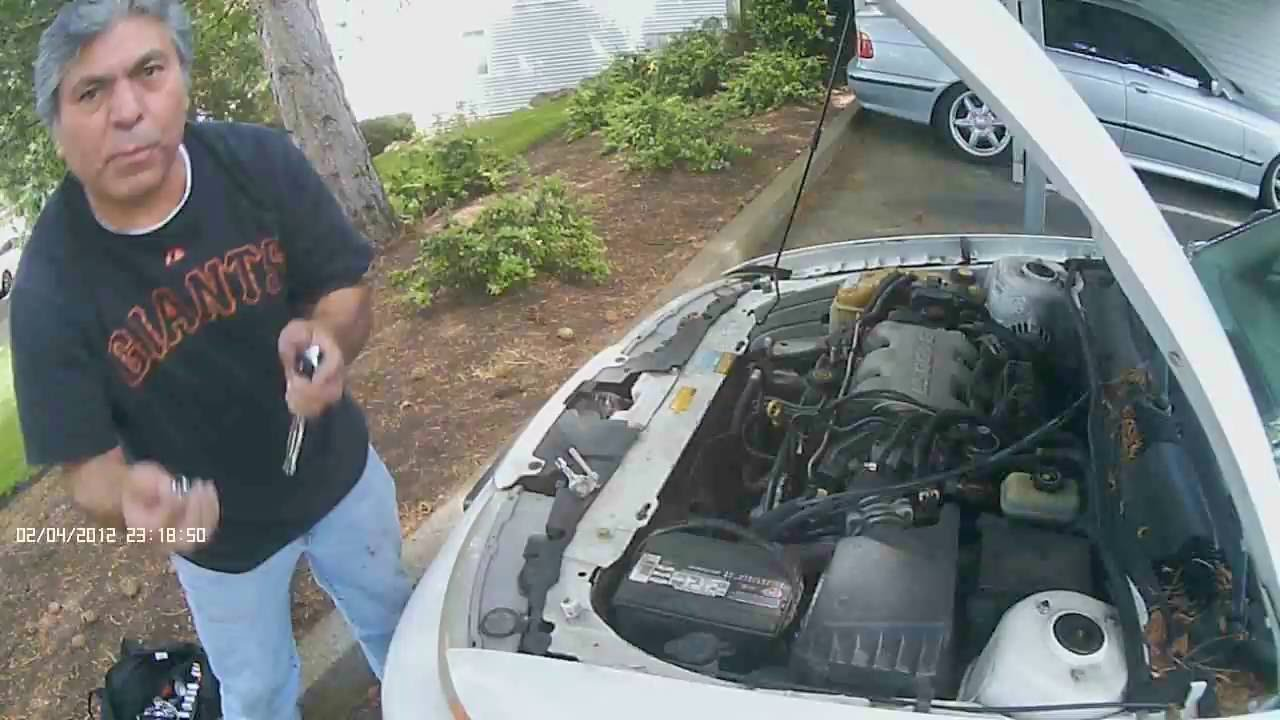 checking your car battery and your alternator on a 2001 oldsmobile alero [ 1280 x 720 Pixel ]