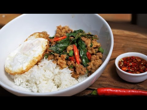 recette-street-food-thaï---poulet-sauté-au-basilic---cooking-with-morgane