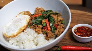 Recette Street Food Thaï - Poulet Sauté au Basilic - Cooking With Morgane