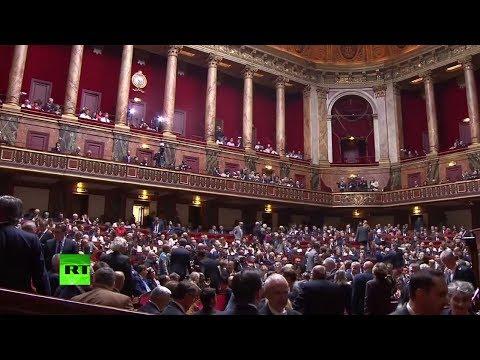 Convoqué par Emmanuel Macron, le Parlement se réunit à Versailles (Direct du 03.07.17)
