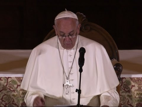 Pope Talks Social Media, Culture of Loneliness