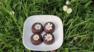 Essbare Blüten auf Pralinen und der Trick mit  Zucker
