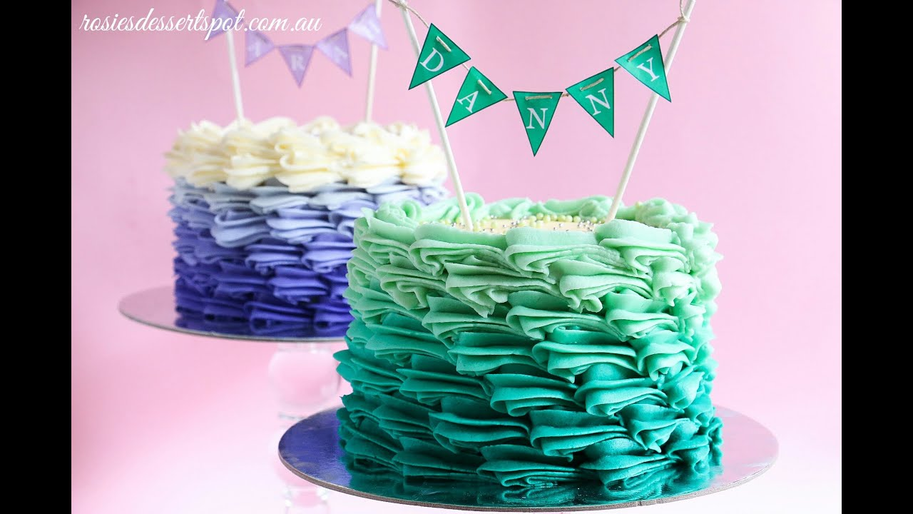 Piped Frosting Smash Cake Images