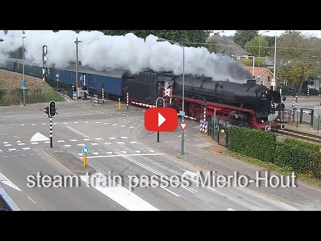 Steamtrain passes Mierlo Hout #69