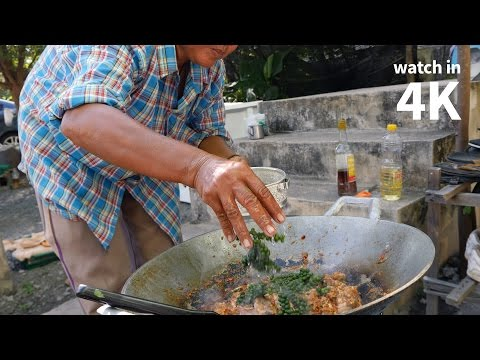 How to Make Thai Chili Frog (ผัดเผ็ดกบ) — Delicious Village Thai Food Eating!
