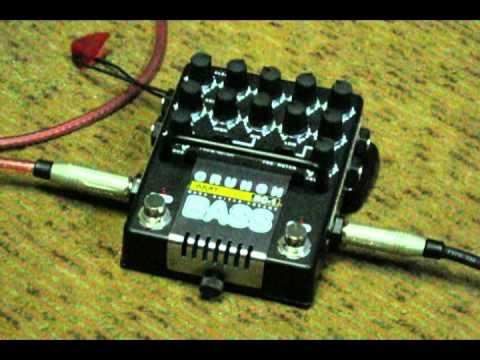 "AMT Electronics BC-1 ""Bass Crunch"" Обзор"