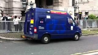 G4S Security Van EMERGENCY NEEDS POLICE HELP !!! - London Olympics 2012