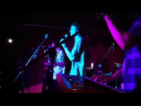 Little Red - Rock It (Live)