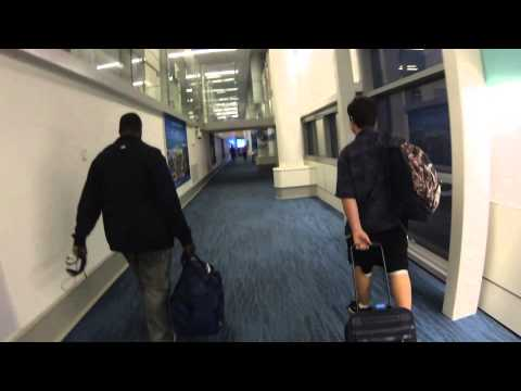Nassau International Airport Approach RWY 14 Landing and walk the terminal