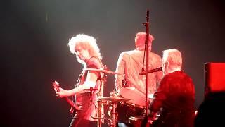 "Queen + Adam Lambert ""Under Pressure"" St.Paul,Mn 7/14/17 HD"