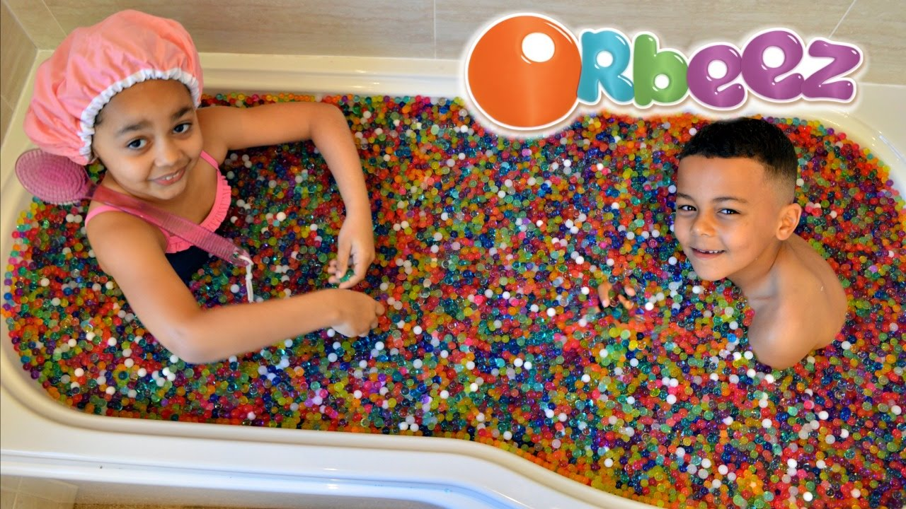 Kids Playing In Orbeez Bath Toys Andme Youtube