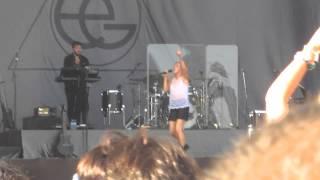 Ellie Goulding - Burn (Live At Lollapalooza In Chicago)
