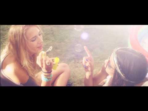 Клип Klangkarussell - Sonnentanz (Sun Don't Shine)
