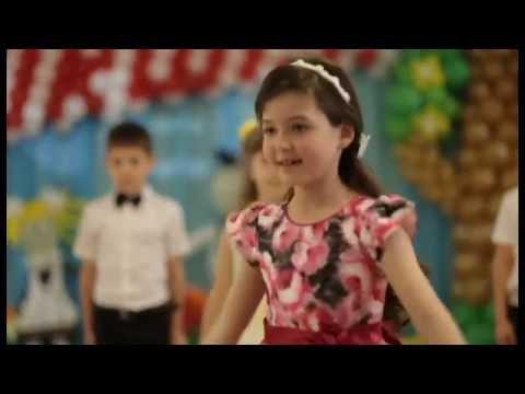 танец(микс) с воспитателем на выпускном в детском саду
