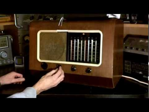Antique Tube Radio Canadian PYE 39 Video #22 - Real Test on Outdoor Antenna