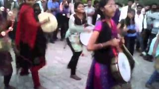indian college girls beating drums