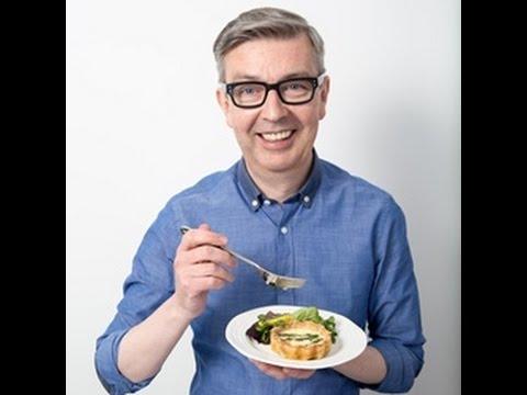 Howard Middleton Chef demonstration