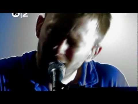 Radiohead - Everything In Its Right Place, Live Paris 2001