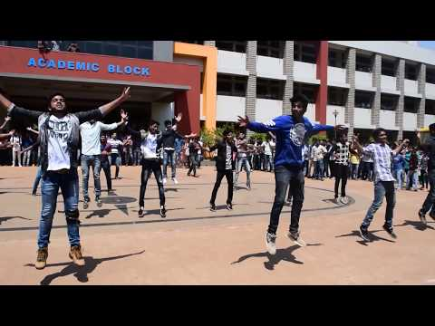 GIT KANNADA Flash Mob AURA'17 @KLE...