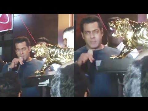 Salman Khan gets 56 kg of gold Lion Gift In pune Jewellers
