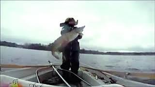 Большая подборка лучших курьёзов и неудач на рыбалке Приколы на рыбалке