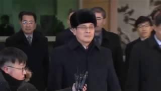 Хоккеистки сборной КНДР отправились в Пхенчхан под бдительным присмотром