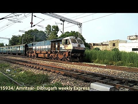 (SILIGURI WDP4 DIESEL LOCOMOTIVE) MEETS (BRC WAP4E ELECTRIC LOCOMOTIVES)!!