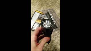 Sabre Stun Gun + Flshlight Review Unboxing Tactical Survival Prepping