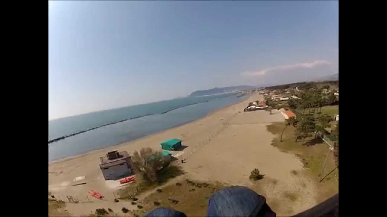 Matrimonio Spiaggia Marina Di Massa : La spiaggia di marina massa youtube