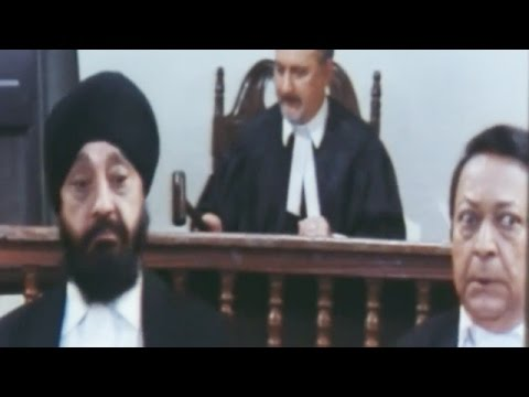 Hilarious Comedy in Court Room | Hindi Movie Hum Do Anjaane