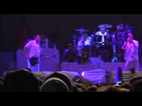 Faith No More - Maquinaria Festival / Club Hípico, Santiago, Chile (2011) [Full Show]