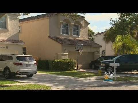 Couple Robbed At Gunpoint In Pembroke Pines Home Invasion