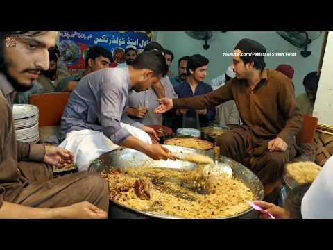 People Are Crazy For Rehman Gull Chawal | Peshawar Famous Chawal | Pakistani Street Food
