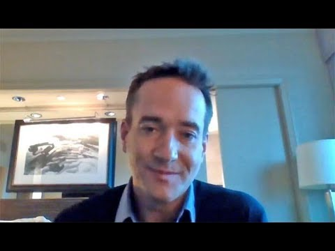 Matthew Macfadyen ('Howards End') chats playing 'a man of his time' who is 'blocked emotionally'