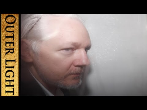"""Journalist says Julian Assange is being heavily """"sedated""""; """"can't speak any more"""""""