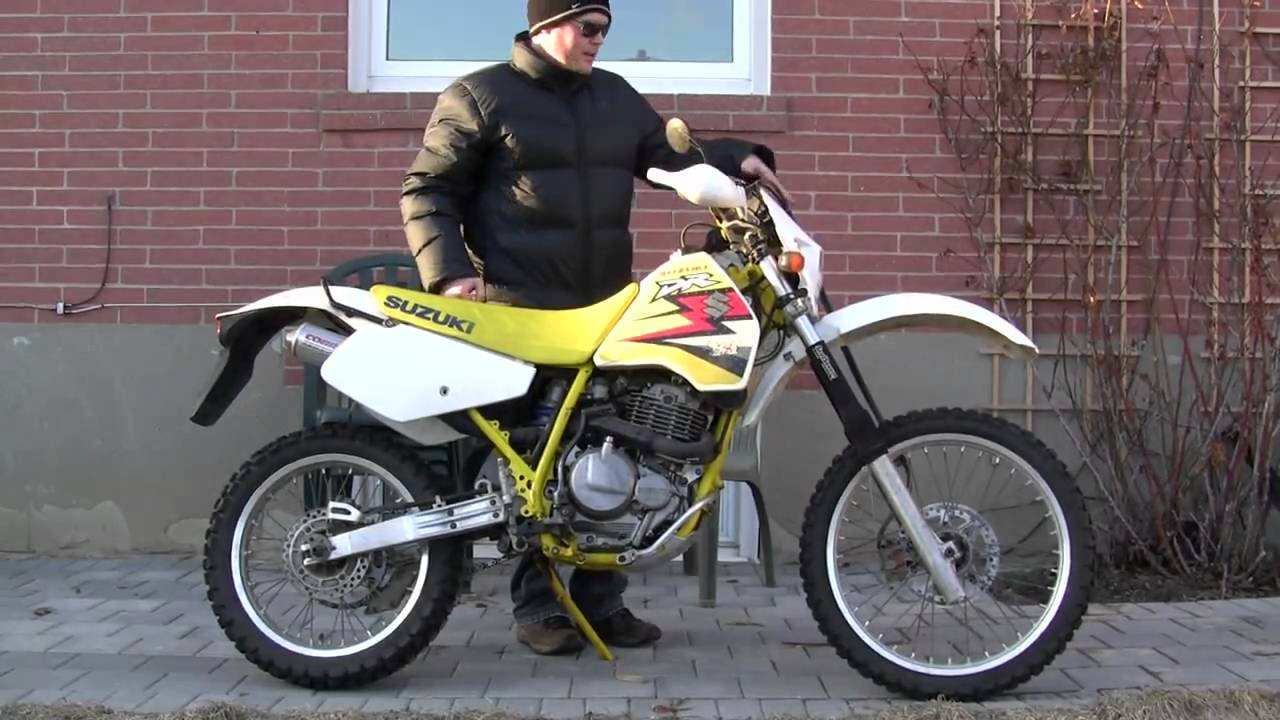 cold starting a 1990 suzuki dr350 dirtbike and walkaround. Black Bedroom Furniture Sets. Home Design Ideas