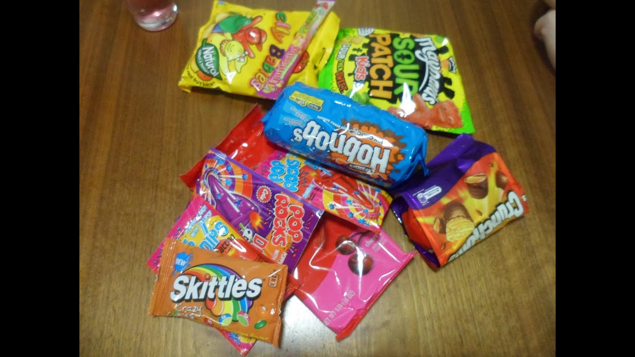 Trying out British Sweets! - YouTube